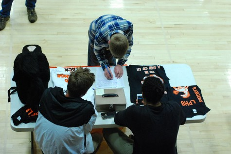 Lewis-Palmer Extracurricular Activities Vie for Potential Members