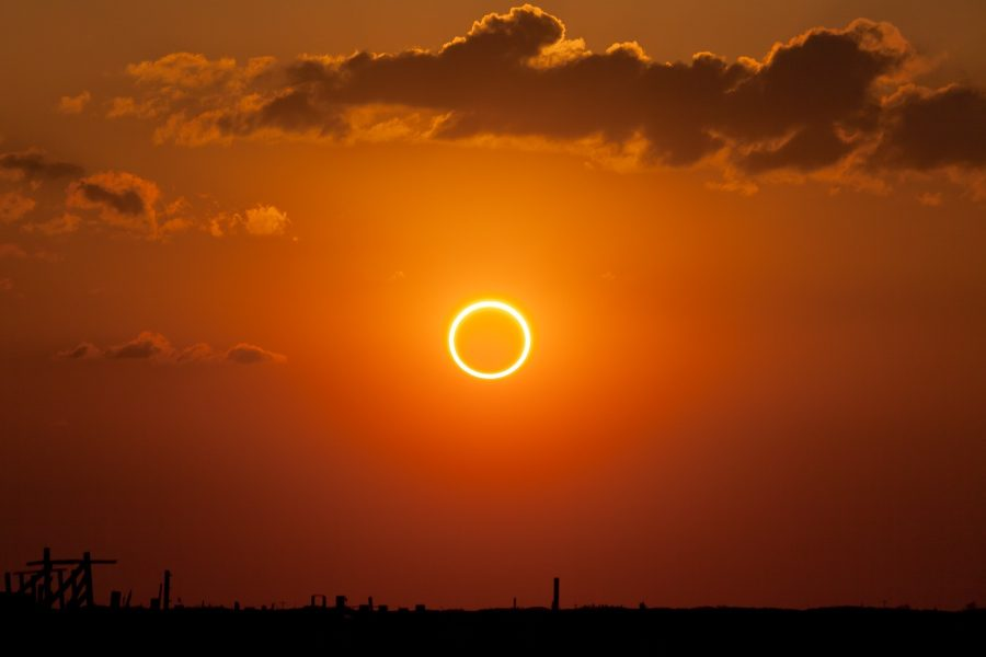 A+solar+eclipse+similar+to+this+will+occur+this+year.+