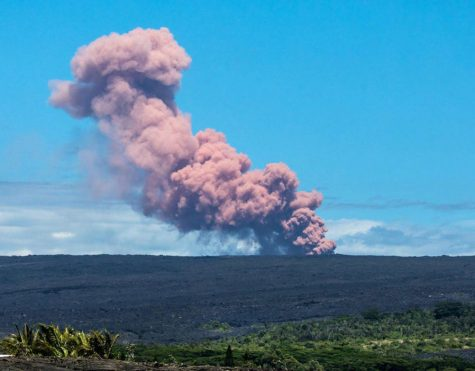 The smoke given off by Mount Kilauea moved to cover local areas surrounding it.