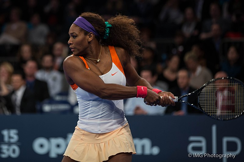Serena+Williams+playing+tennis.