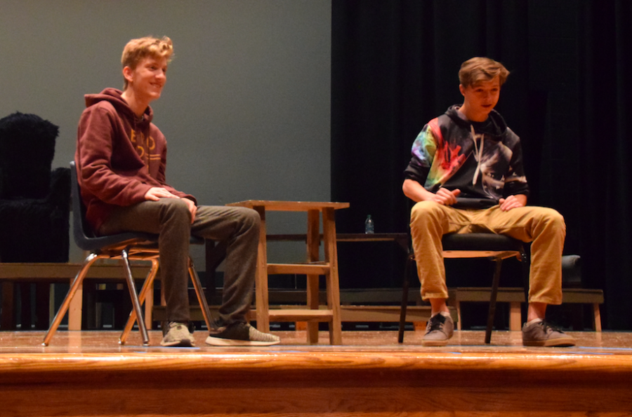 Shaun+Murphy+laughs+during+an+improv+skit.+Tanner+Park+11+shares+a+laugh.