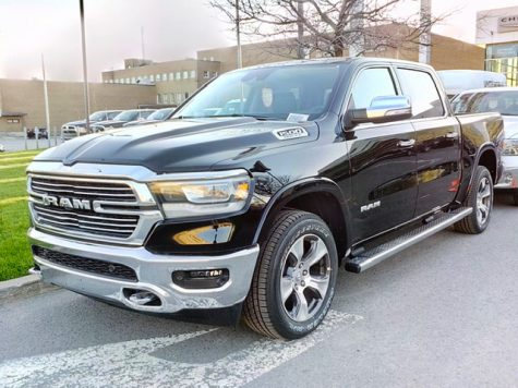 Ram 1500 shines in the sunlight. This picture was photographed by Montreal Dodge Boulevard dealership, QC, Canada
