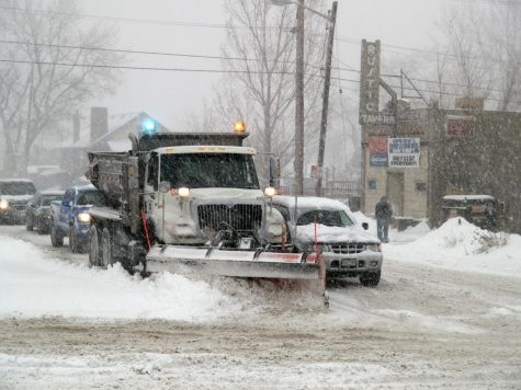 Large winter storms affect people across the nation