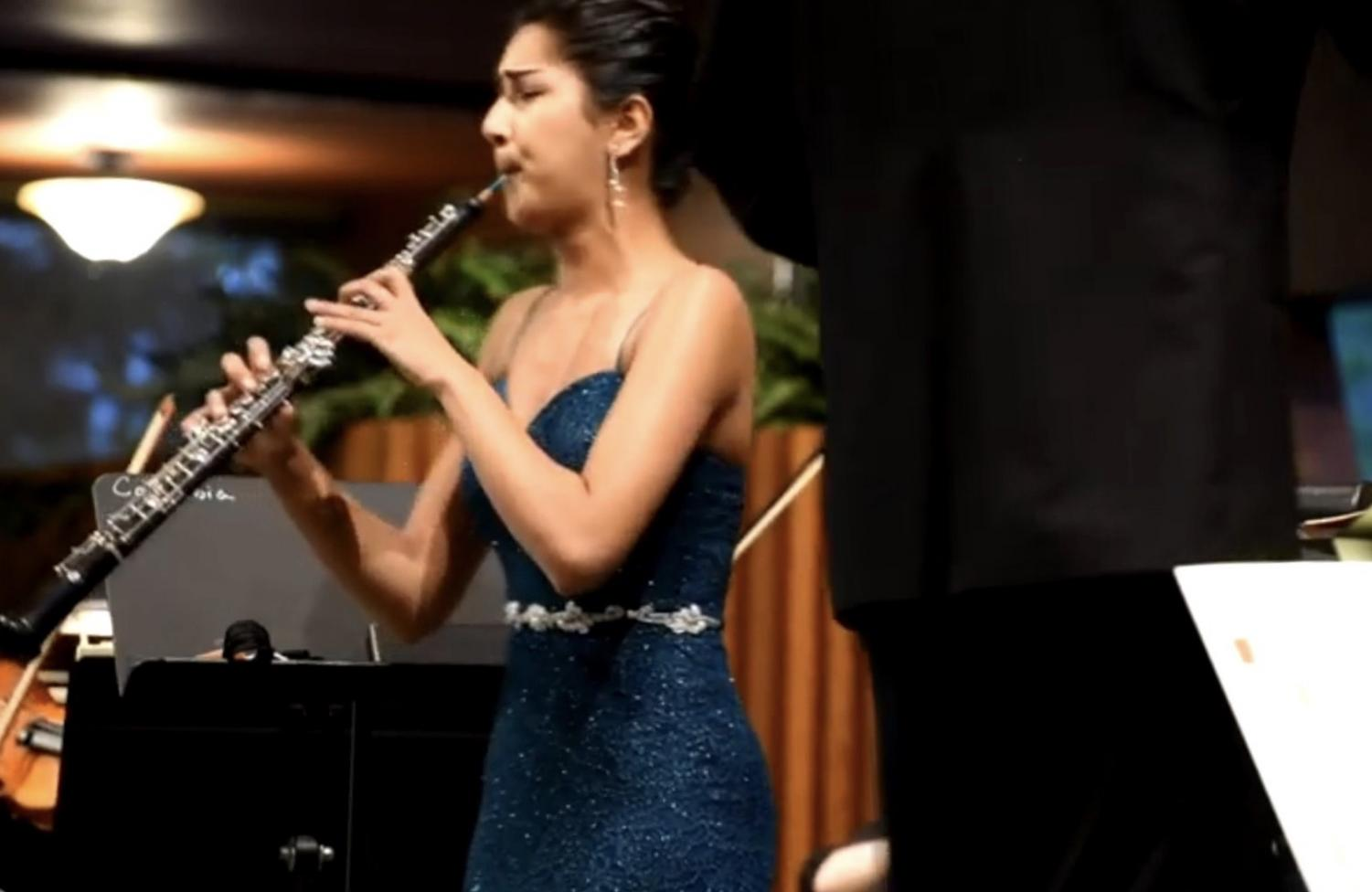 """Meera Bhatia plays a performance with her chamber group. She is playing Mozart Concerto, mvt 1. """"I found the oboe intriguing because I loved the way it sounded,"""" Bhatia said."""
