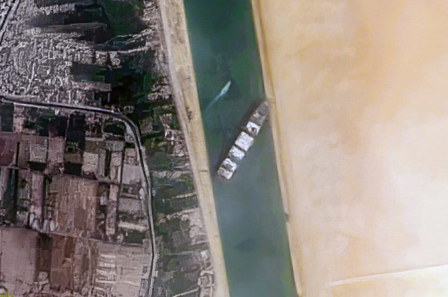 Overhead view of the Suez Canal blockage. 25 March 2021, 15:35. Container Ship 'Ever Given' stuck in the Suez Canal, Egypt - March 24th, 2021. Contains modified Copernicus Sentinel data [2021], processed by Pierre Markuse.
