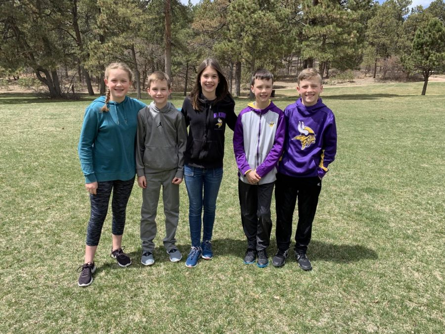 The+Zulkoskys+quadruplets+9%2C+and+their+younger+brother+pose+for+a+picture+in+Fox+Run+Park.+%E2%80%9CPeople+say+that+Me+and+Madison+look+alike%2C+and+Zach+and+Zoe+look+alike%2C%E2%80%9D+says+Connor+Zulkosky